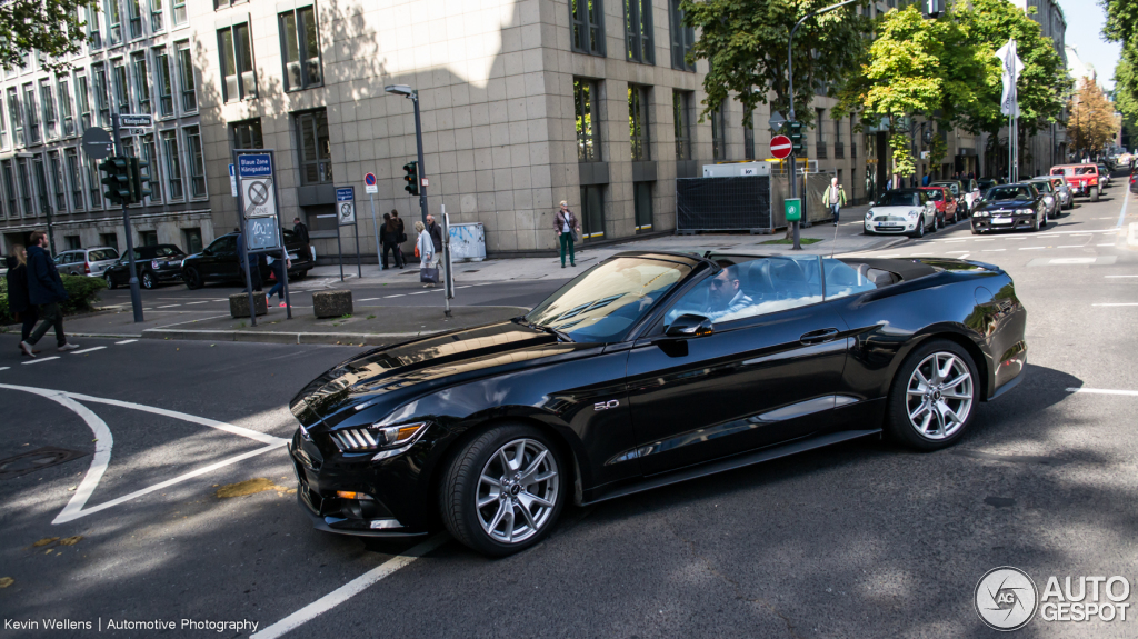 ford mustang gt 50th anniversary convertible 26 september 2015 autogespot. Black Bedroom Furniture Sets. Home Design Ideas