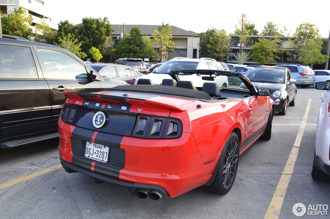 ford mustang shelby gt500 convertible 2014 28 septembre. Black Bedroom Furniture Sets. Home Design Ideas