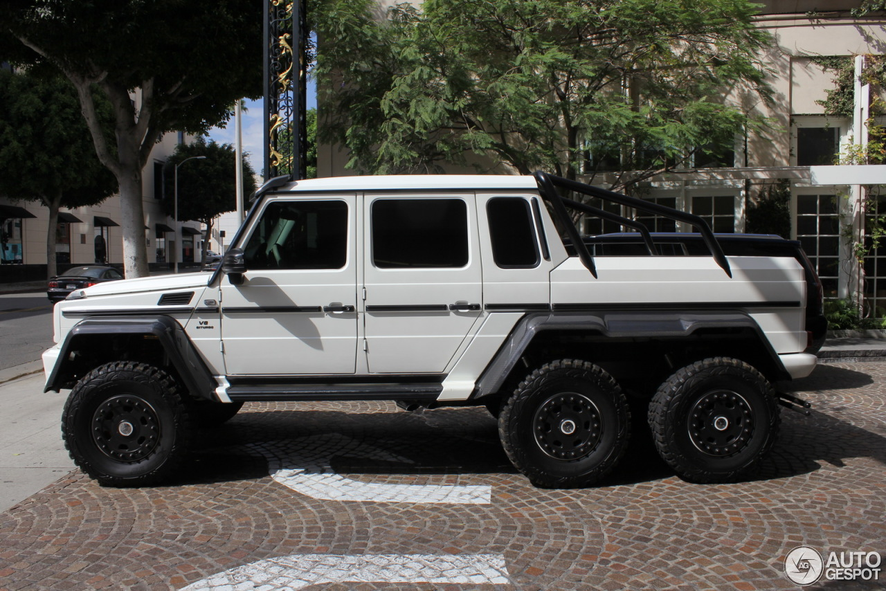 Mercedes benz g 63 amg 6x6 29 september 2015 autogespot for Mercedes benz amg 6x6 price