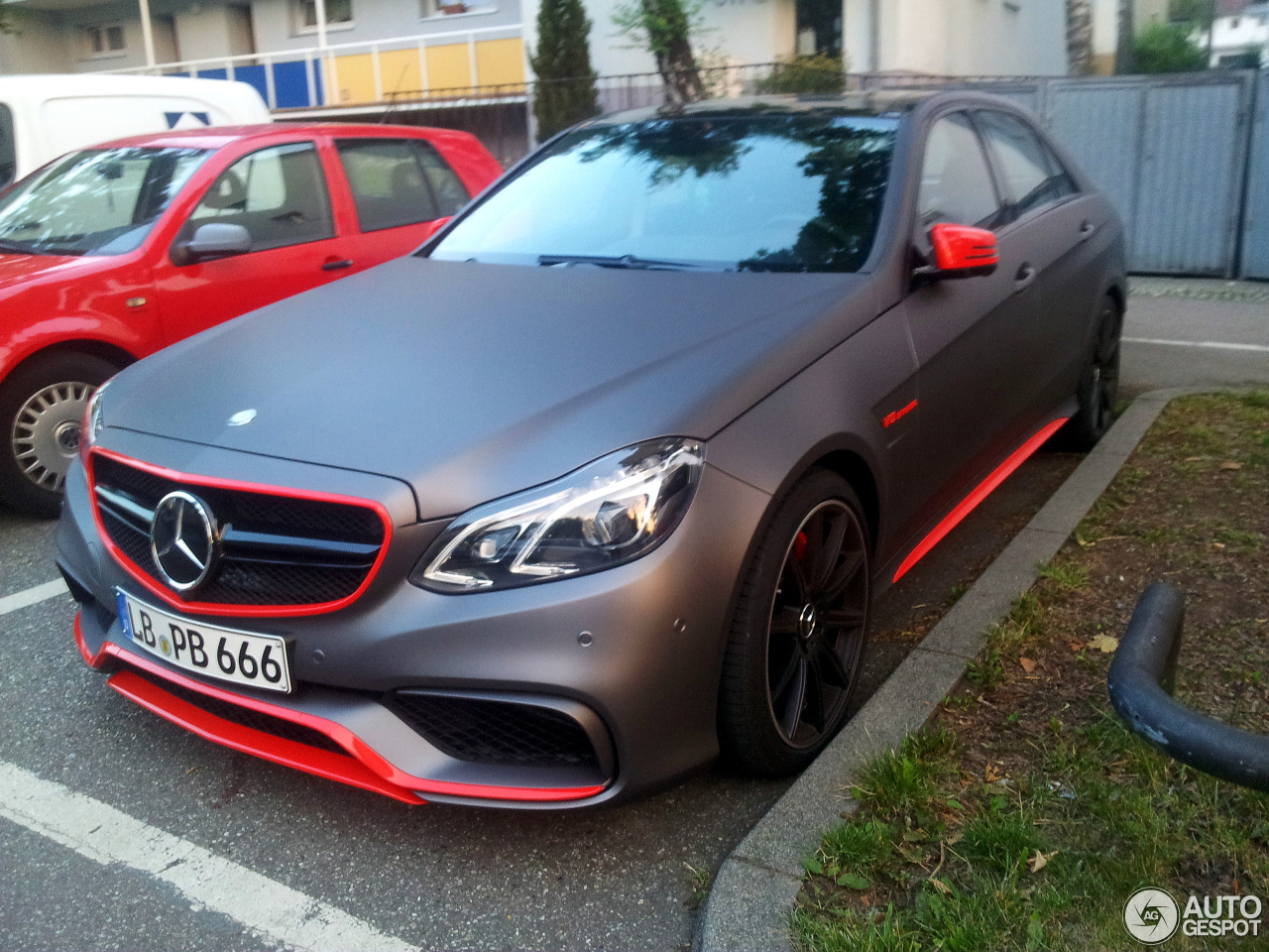 mercedes benz e 63 amg s w212 4 october 2015 autogespot. Black Bedroom Furniture Sets. Home Design Ideas