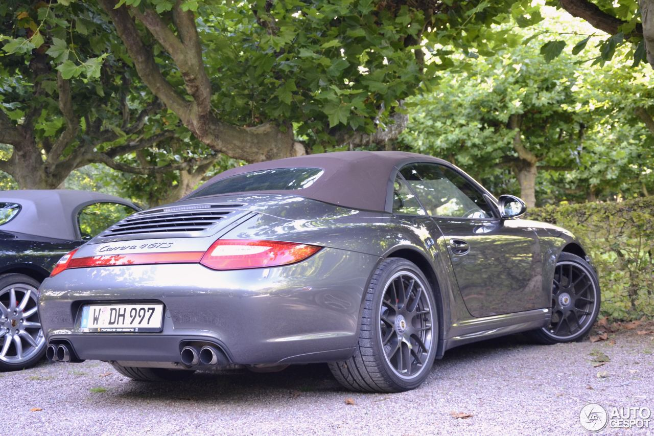 porsche 997 carrera 4 gts cabriolet 4 oktober 2015 autogespot. Black Bedroom Furniture Sets. Home Design Ideas