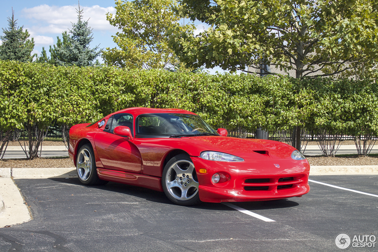 dodge viper gts 5 octobre 2015 autogespot. Black Bedroom Furniture Sets. Home Design Ideas
