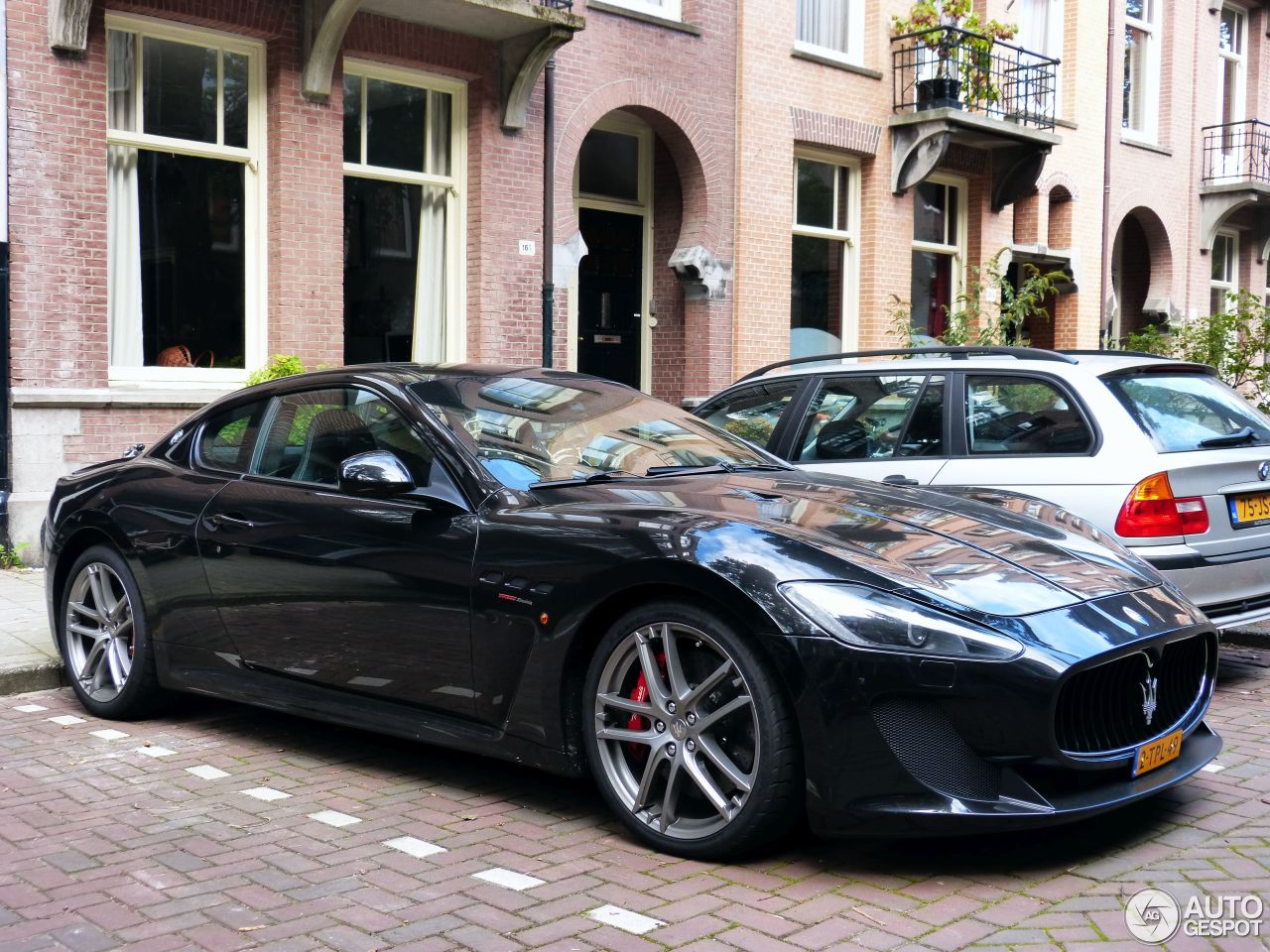 maserati granturismo mc stradale 6 october 2015 autogespot. Black Bedroom Furniture Sets. Home Design Ideas