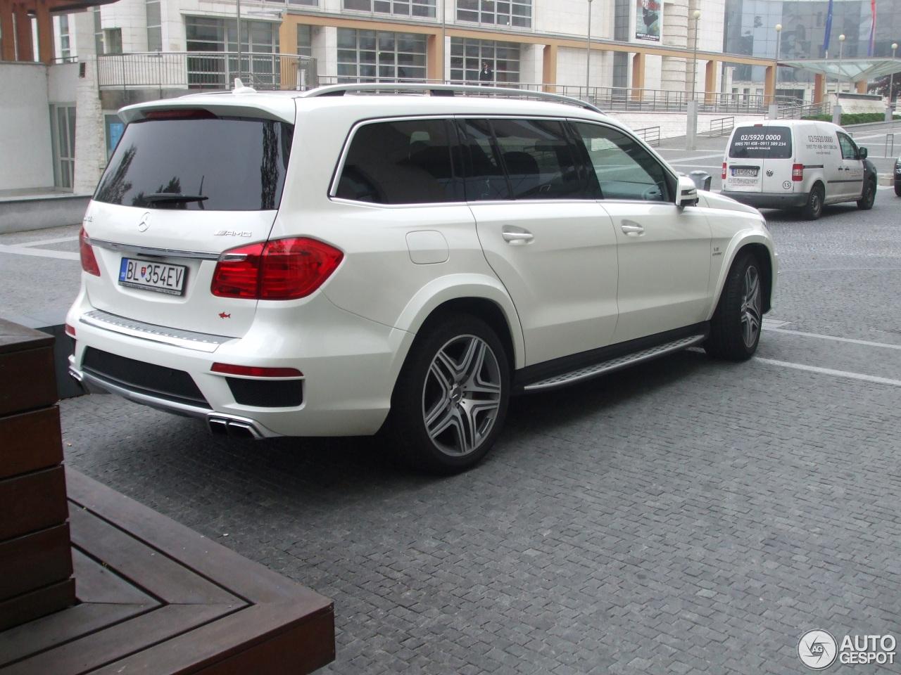 Mercedes benz gl 63 amg x166 7 oktober 2015 autogespot for Mercedes benz gl amg 2015