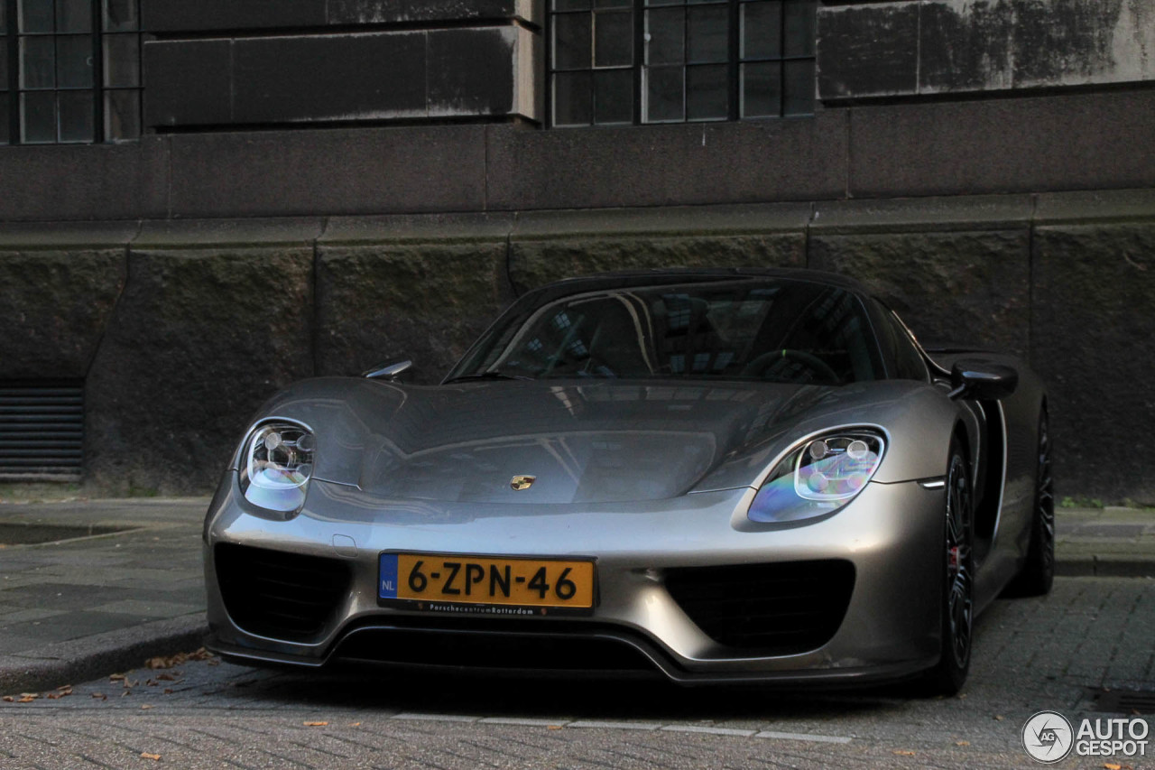porsche 918 spyder weissach package 7 oktober 2015 autogespot. Black Bedroom Furniture Sets. Home Design Ideas