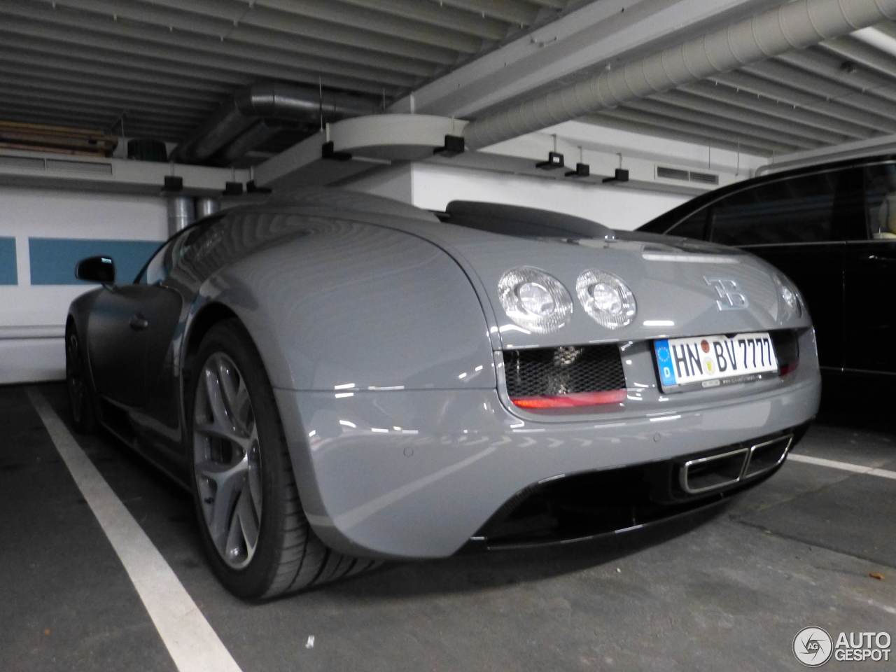 bugatti veyron 16 4 grand sport vitesse 10 october 2015 autogespot. Black Bedroom Furniture Sets. Home Design Ideas