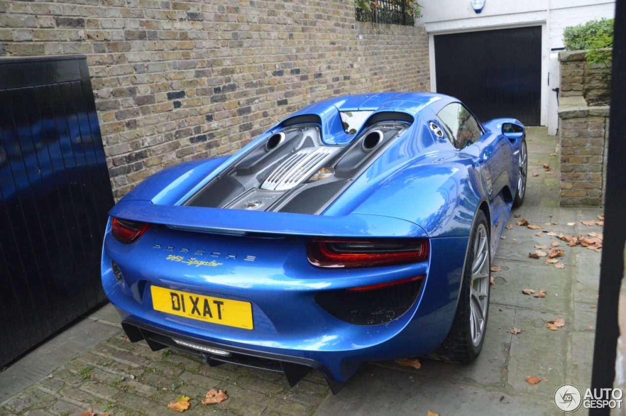 porsche 918 spyder 12 october 2015 autogespot. Black Bedroom Furniture Sets. Home Design Ideas