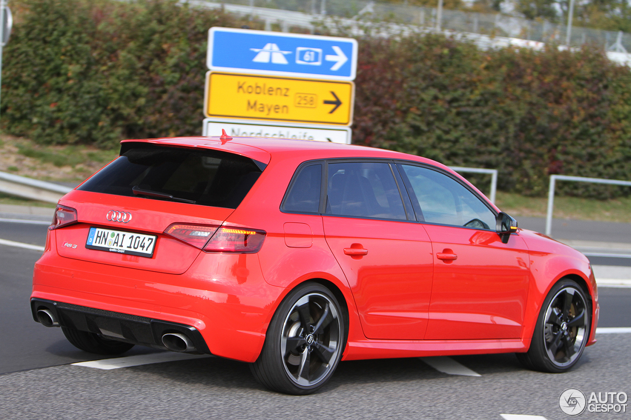 audi rs3 sportback 8v 13 octobre 2015 autogespot. Black Bedroom Furniture Sets. Home Design Ideas