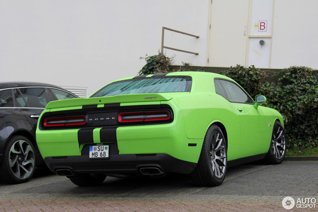 dodge challenger srt 8 392 2015 17 october 2015 autogespot. Black Bedroom Furniture Sets. Home Design Ideas