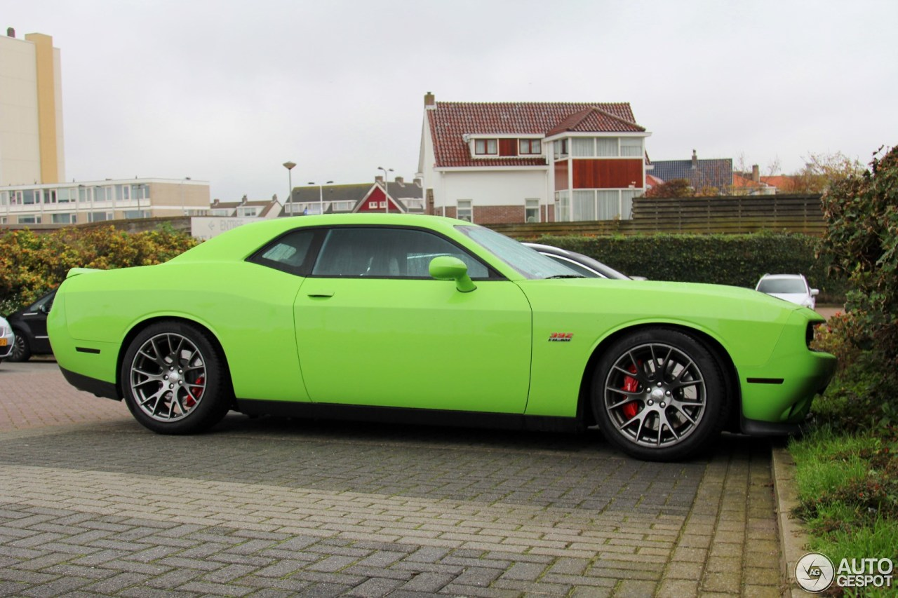 Dodge Challenger Srt 8 392 2015 17 October 2015 Autogespot