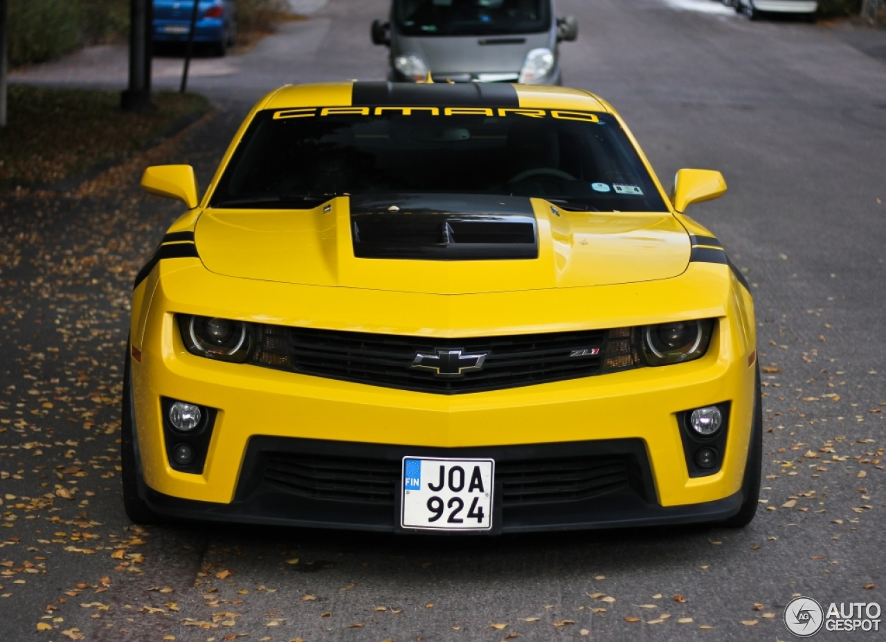 Chevrolet Camaro Zl1 18 October 2015 Autogespot