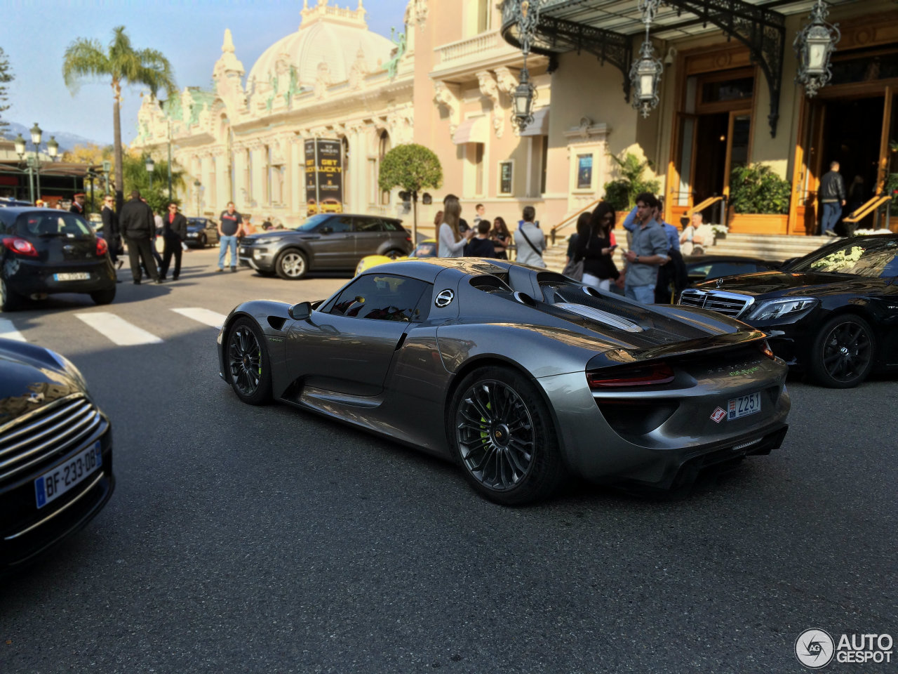 porsche 918 spyder 20 october 2015 autogespot. Black Bedroom Furniture Sets. Home Design Ideas