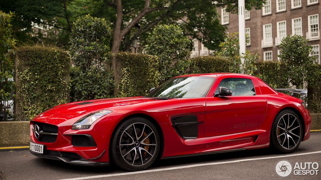 2 i mercedes benz sls amg black series 2