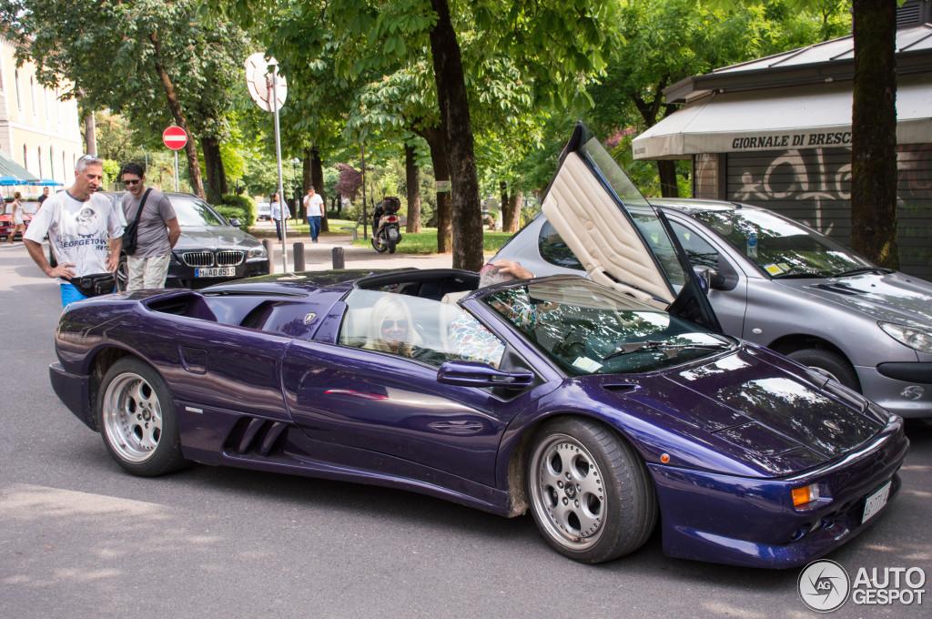 Lamborghini Diablo VT Roadster - 24 October 2015 - Auspot on lamborgini diablo, 1991 lamborghini countach, 1991 lamborghini lm002, 1991 lamborghini murcielago, 1991 lamborghini trucks, 1991 lamborghini jalpa,