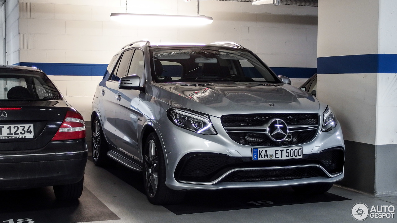 mercedes amg gle 63 s 26 october 2015 autogespot. Black Bedroom Furniture Sets. Home Design Ideas