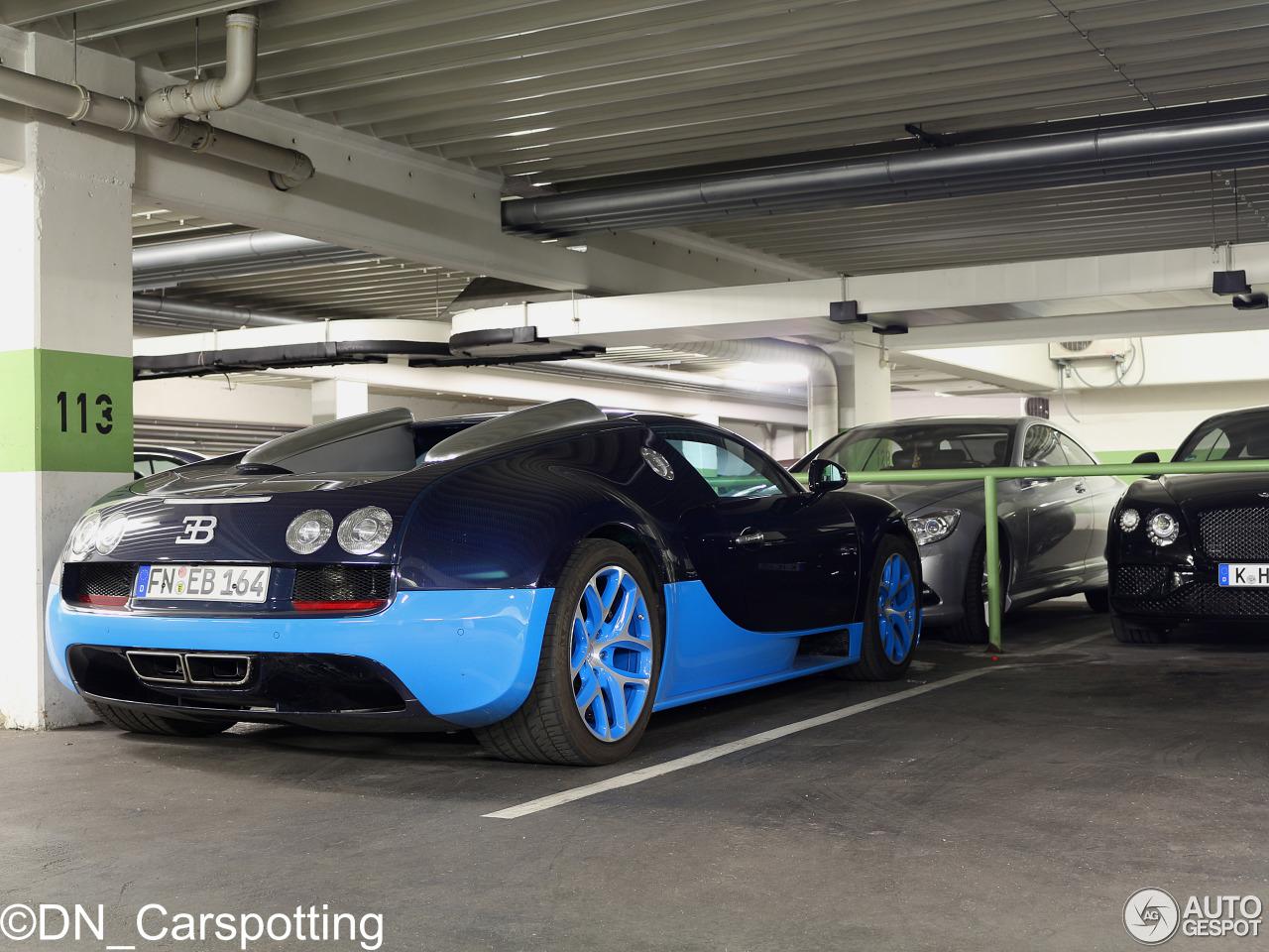 bugatti veyron 16 4 grand sport vitesse 31 oktober 2015 autogespot. Black Bedroom Furniture Sets. Home Design Ideas