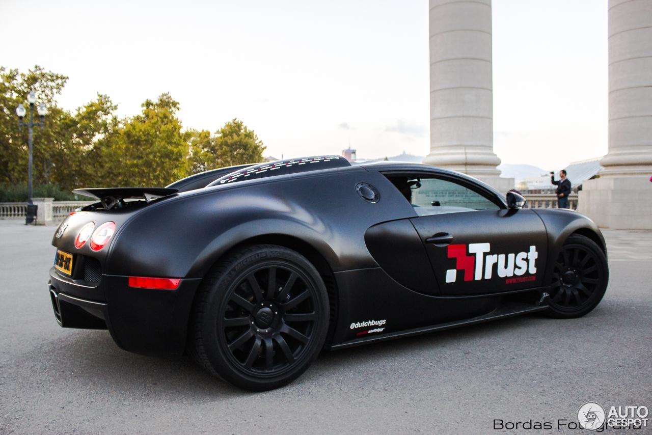 bugatti veyron 16 4 1 noviembre 2015 autogespot. Black Bedroom Furniture Sets. Home Design Ideas