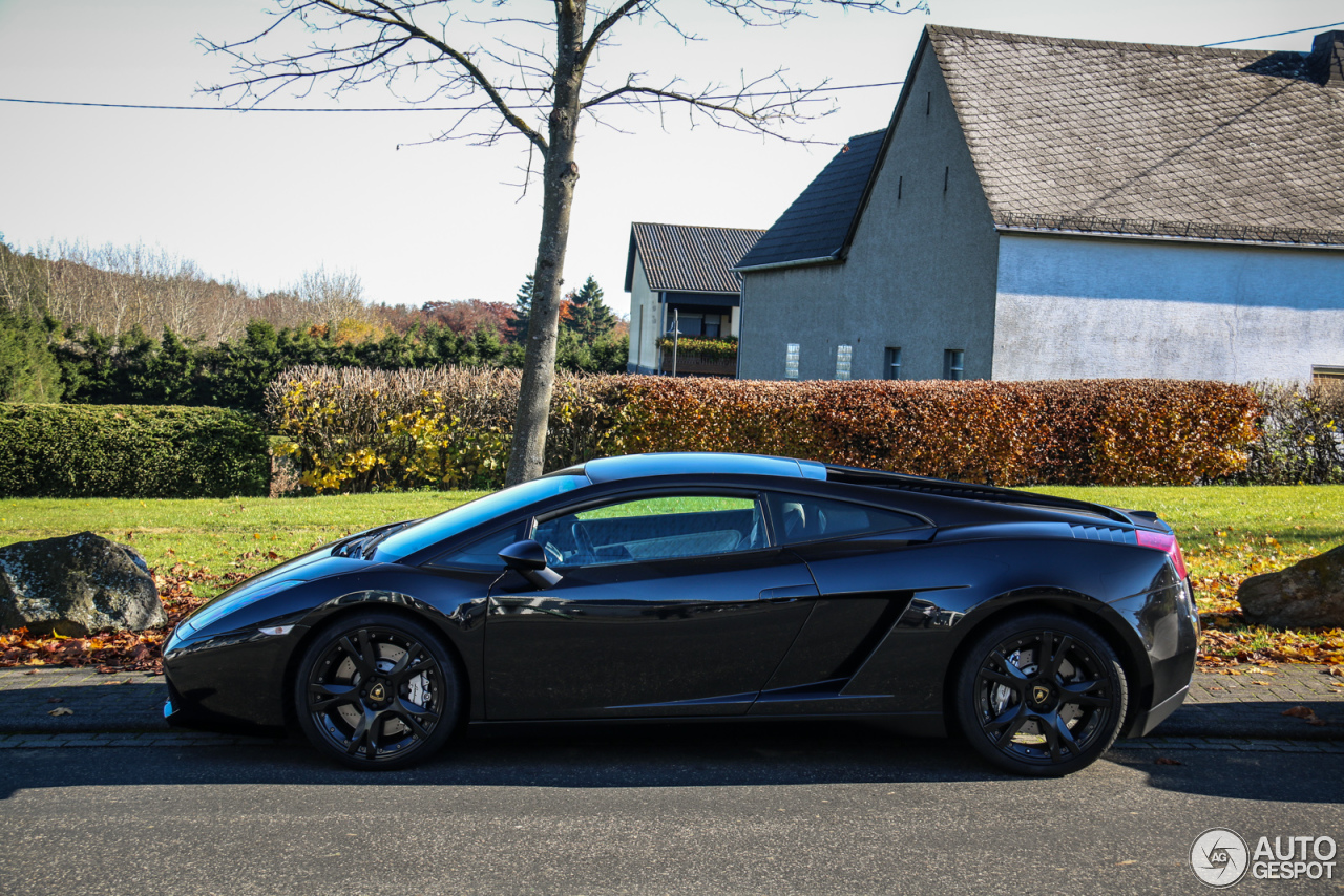 lamborghini gallardo nera 1 november 2015 autogespot. Black Bedroom Furniture Sets. Home Design Ideas