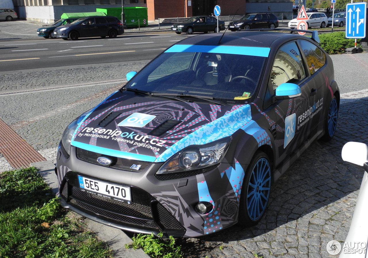 ford focus rs 2009 2 november 2015 autogespot. Black Bedroom Furniture Sets. Home Design Ideas