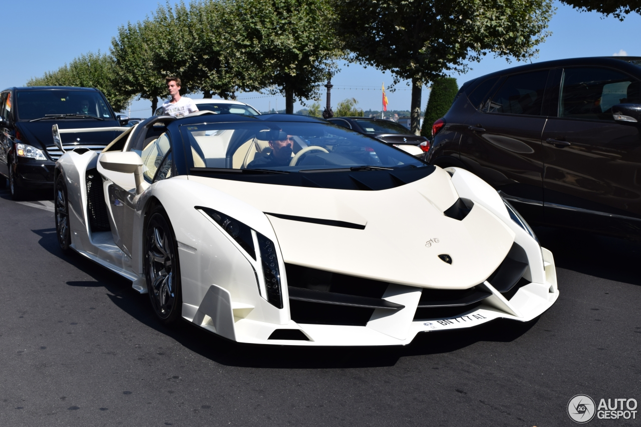 Lamborghini Veneno Roadster - 2 November 2015 - Autogespot