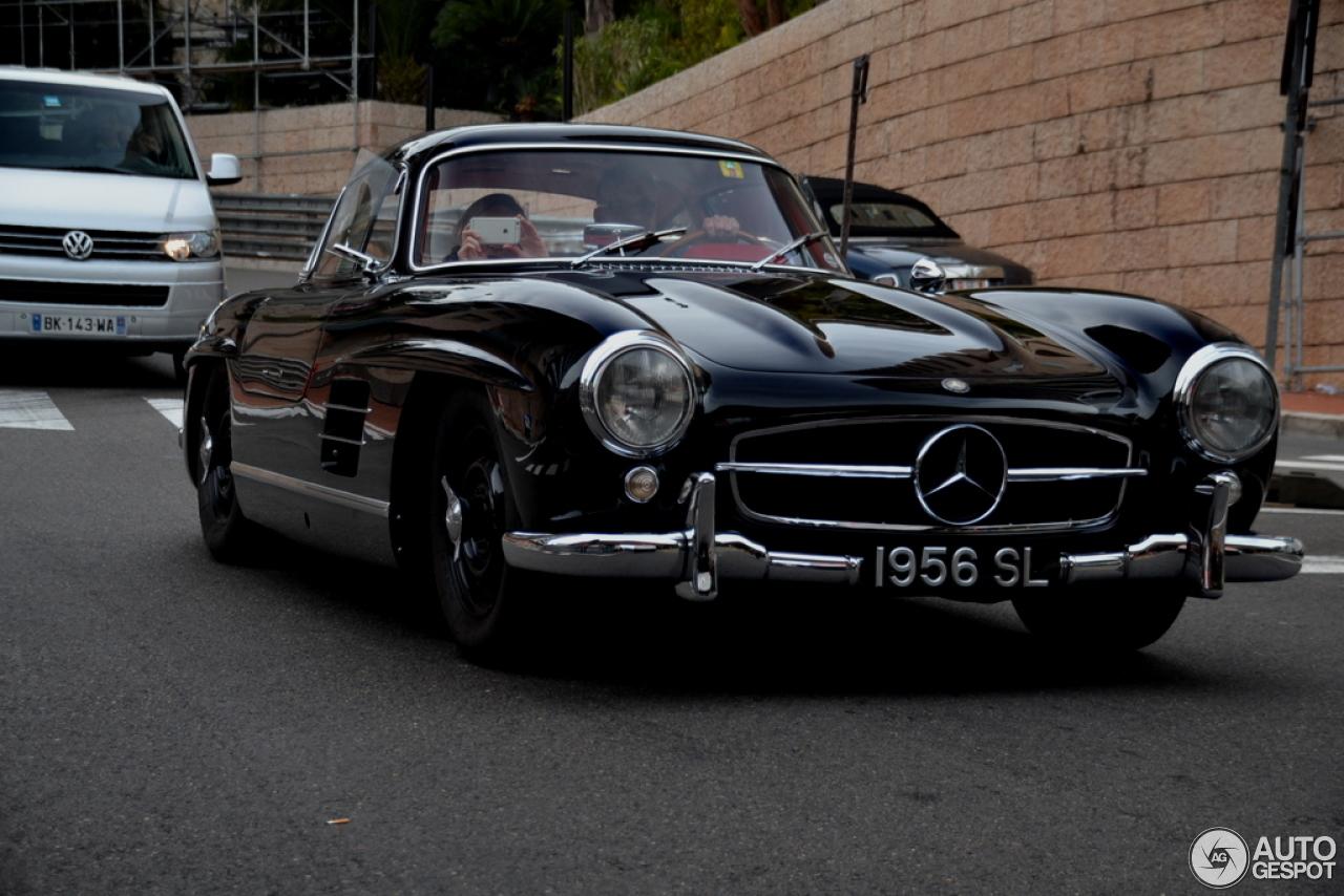 Mercedes benz 300sl gullwing 2 november 2015 autogespot for Mercedes benz 300sl gullwing price