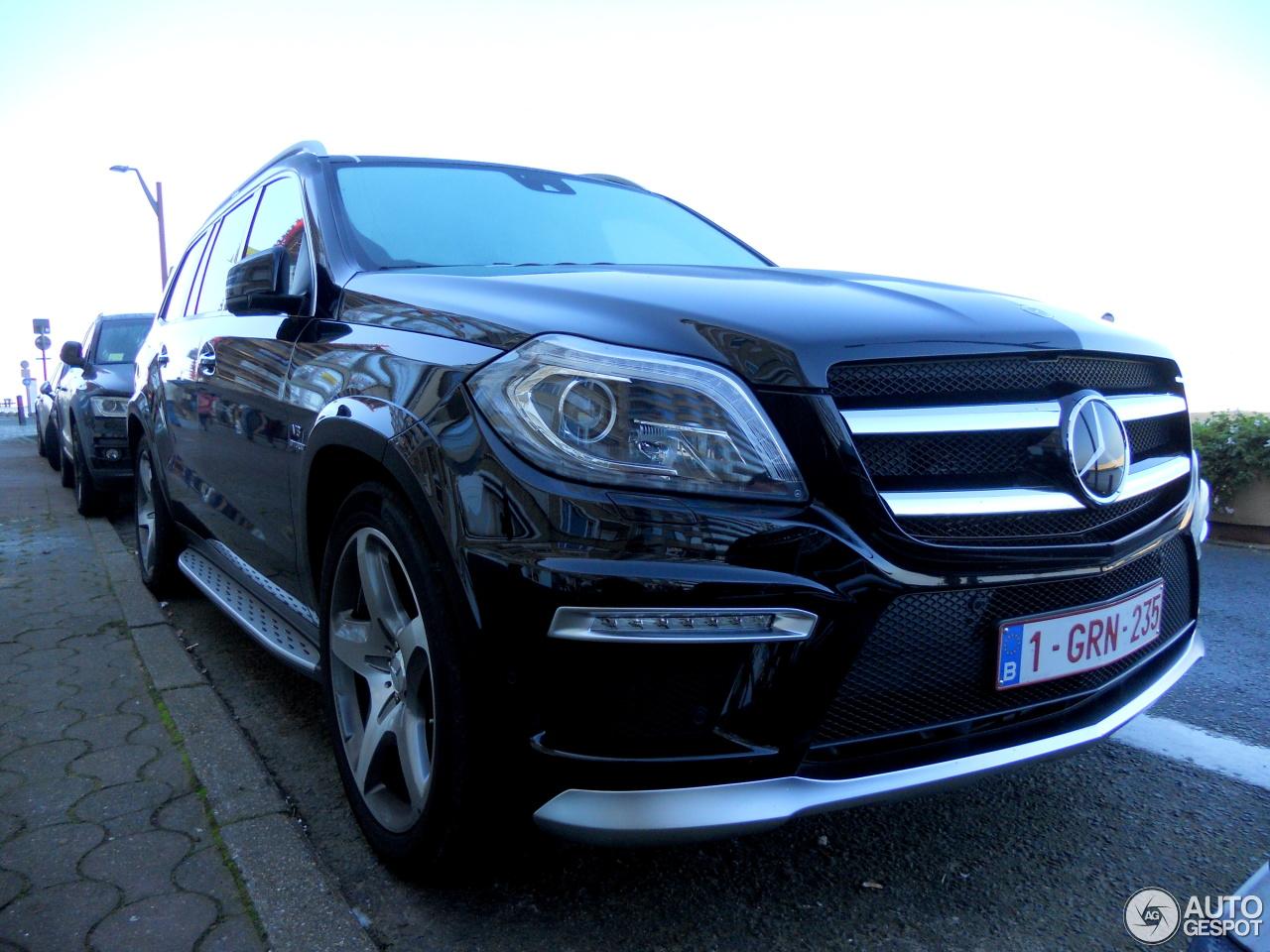 Mercedes benz gl 63 amg x166 2 november 2015 autogespot for Mercedes benz gl amg 2015