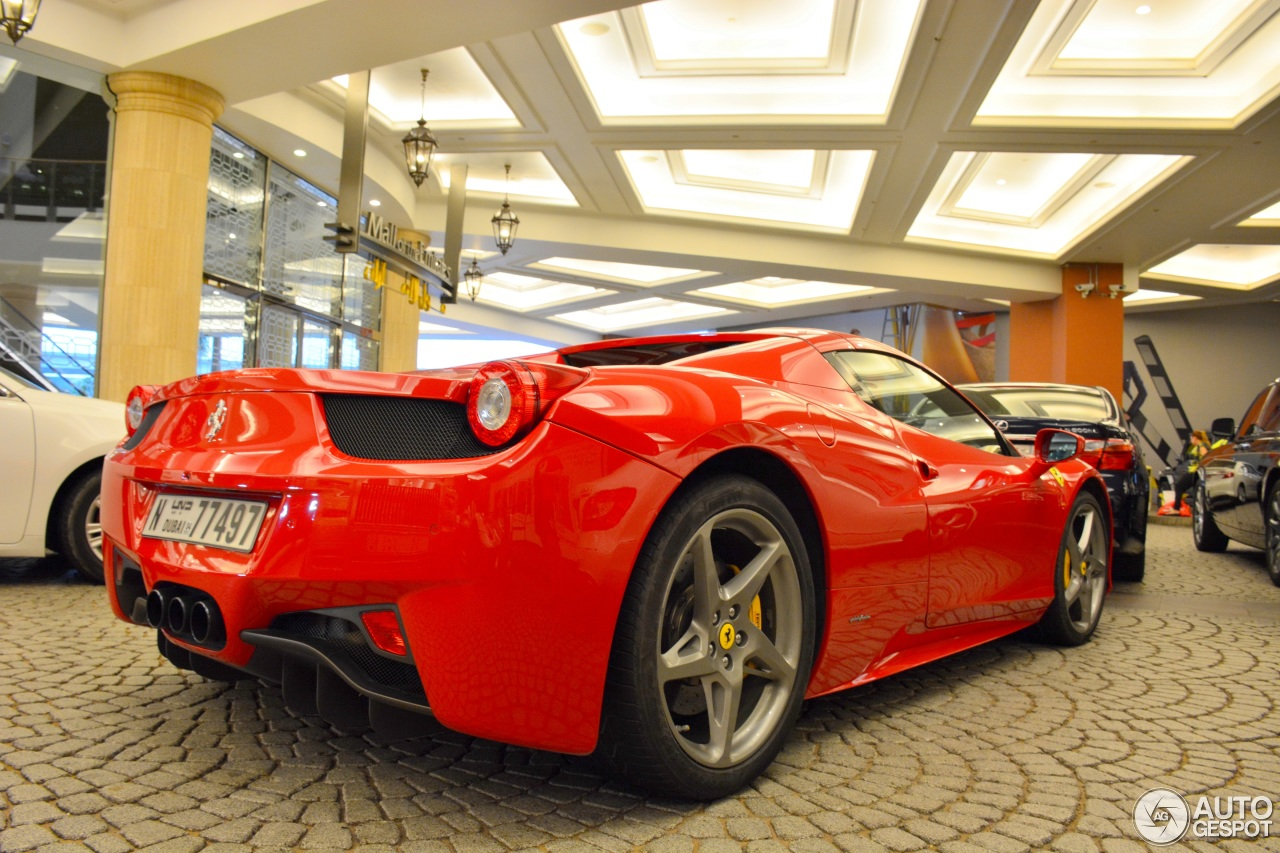 ferrari 458 spider 4 november 2015 autogespot. Black Bedroom Furniture Sets. Home Design Ideas