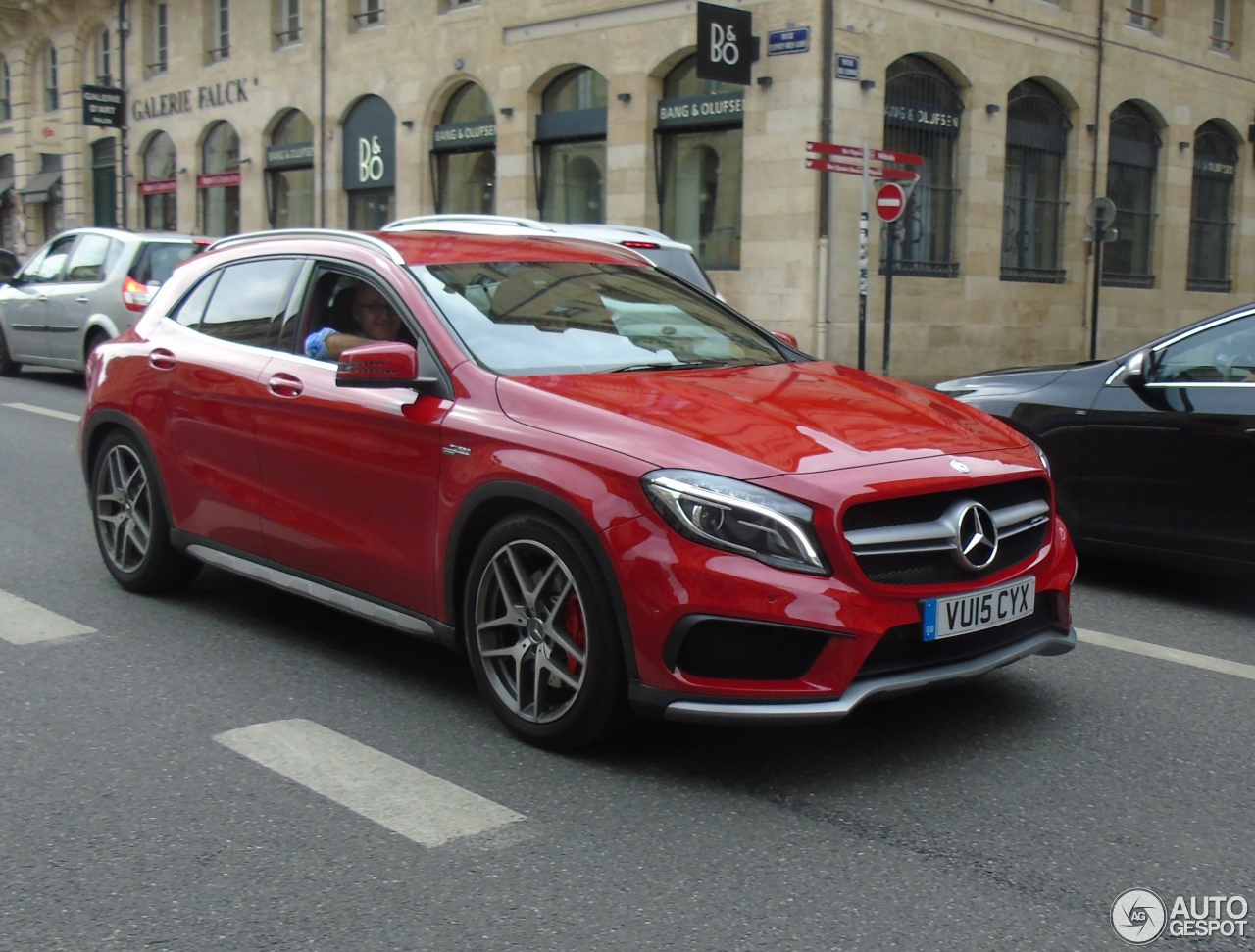 mercedes benz gla 45 amg x156 6 november 2015 autogespot. Black Bedroom Furniture Sets. Home Design Ideas
