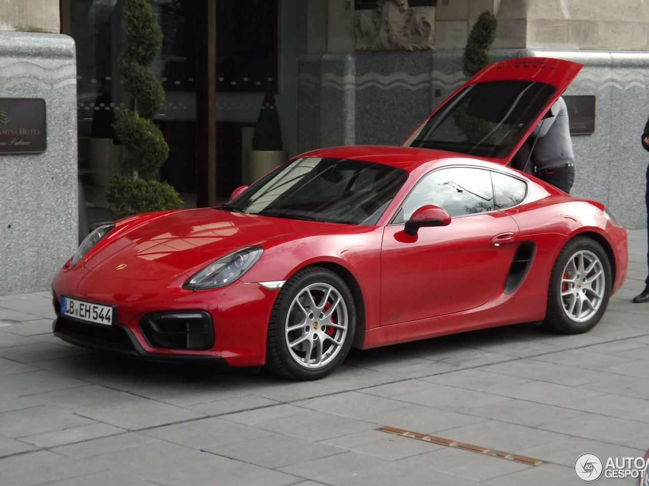 porsche 981 cayman gts 7 november 2015 autogespot. Black Bedroom Furniture Sets. Home Design Ideas