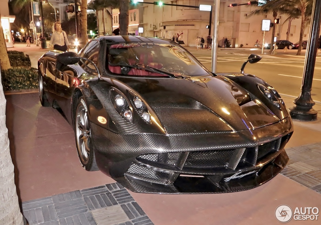 Pagani Huayra Carbon Edition 12 Novembre 2015 Autogespot