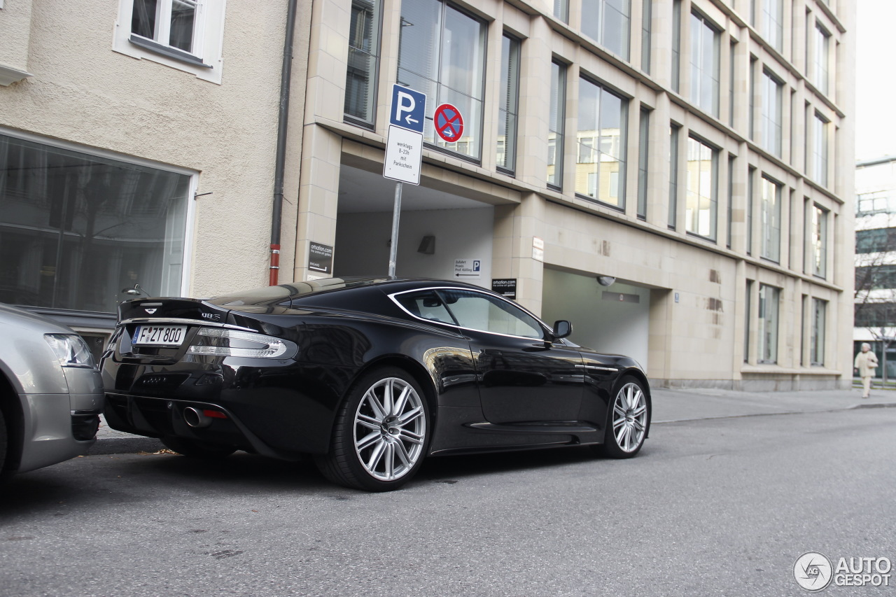 aston martin dbs 14 novembre 2015 autogespot. Black Bedroom Furniture Sets. Home Design Ideas