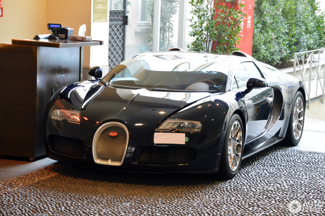 bugatti veyron 16 4 grand sport 16 november 2015 autogespot. Black Bedroom Furniture Sets. Home Design Ideas