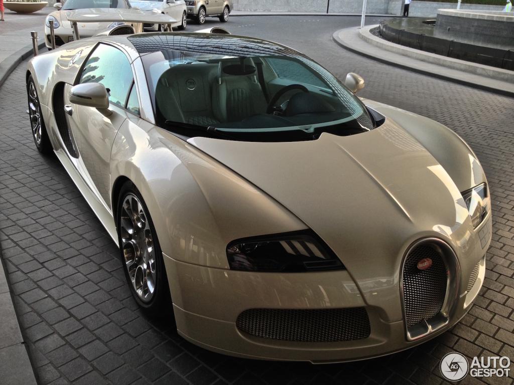 bugatti veyron 16 4 grand sport 16 november 2015 autogespot. Black Bedroom Furniture Sets. Home Design Ideas