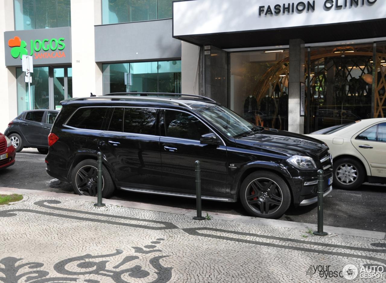 Mercedes benz gl 63 amg x166 18 november 2015 autogespot for Mercedes benz gl amg 2015