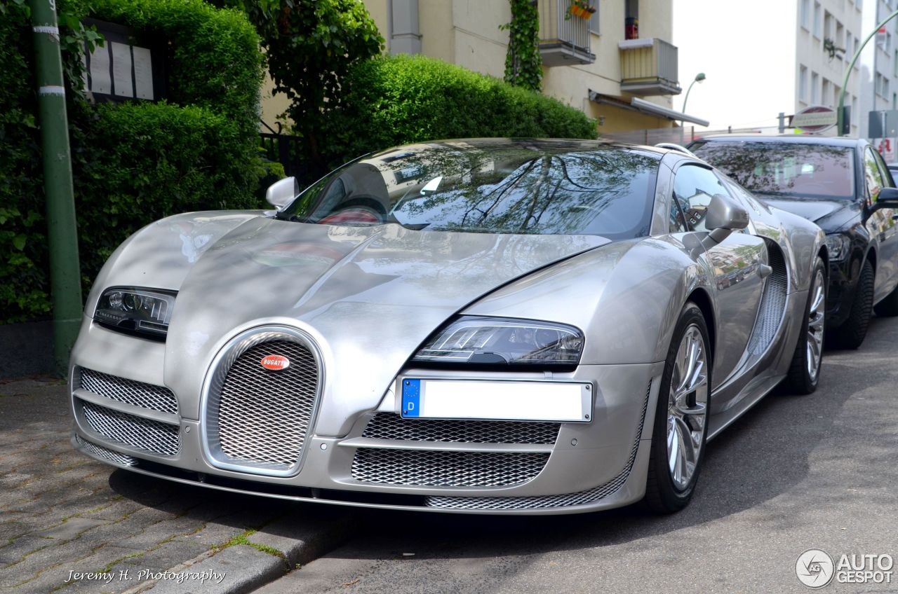 bugatti veyron 16 4 grand sport vitesse 20 november 2015 autogespot. Black Bedroom Furniture Sets. Home Design Ideas