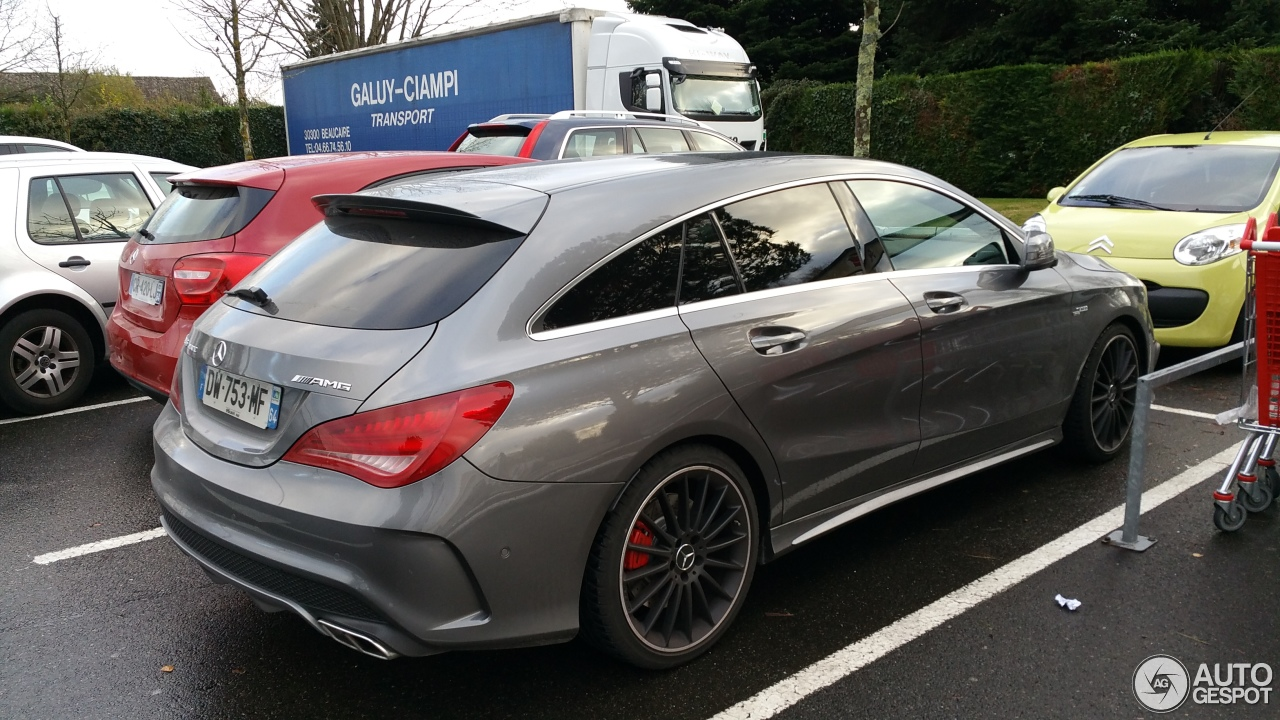 mercedes benz cla 45 amg shooting brake 21 novembre 2015. Black Bedroom Furniture Sets. Home Design Ideas