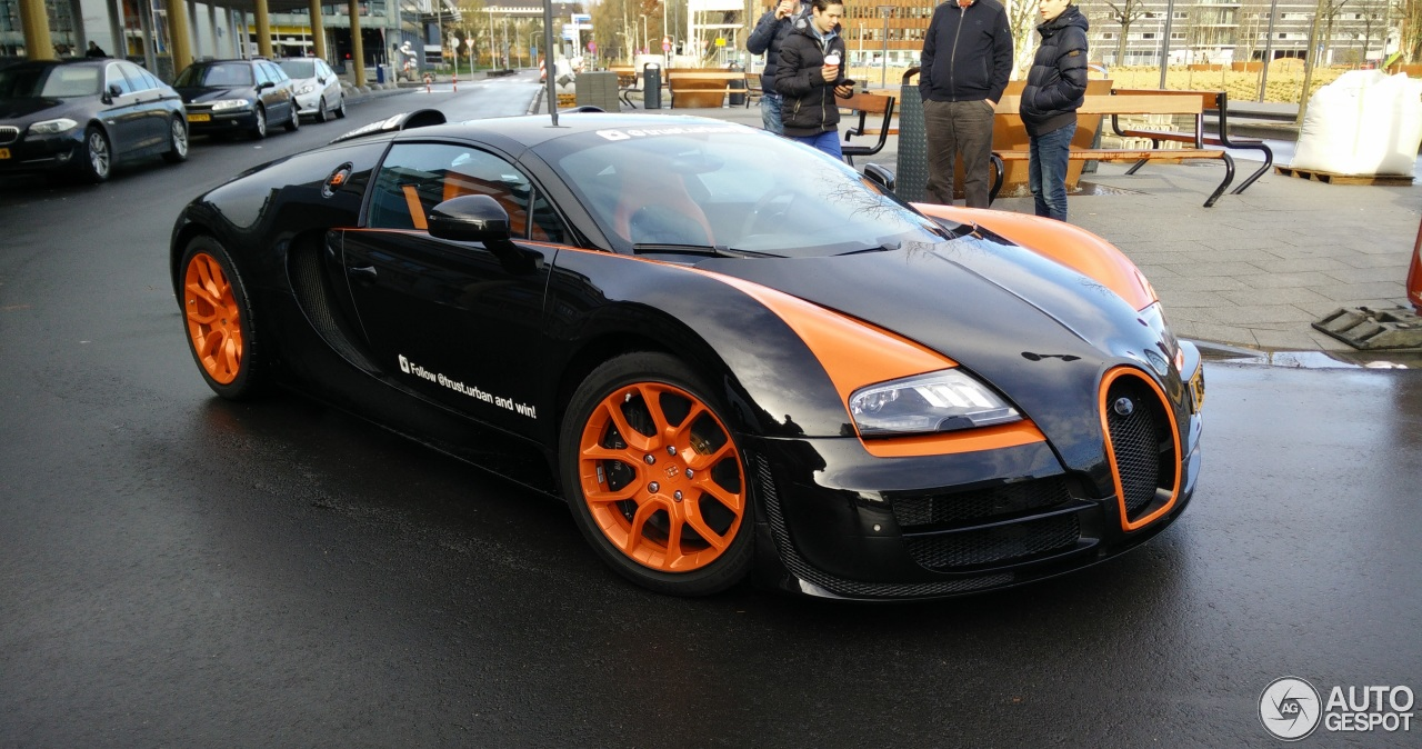 bugatti veyron 16 4 grand sport vitesse world record car edition 23 november 2015 autogespot. Black Bedroom Furniture Sets. Home Design Ideas