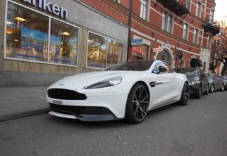 Aston Martin Vanquish 2015 Carbon White Edition