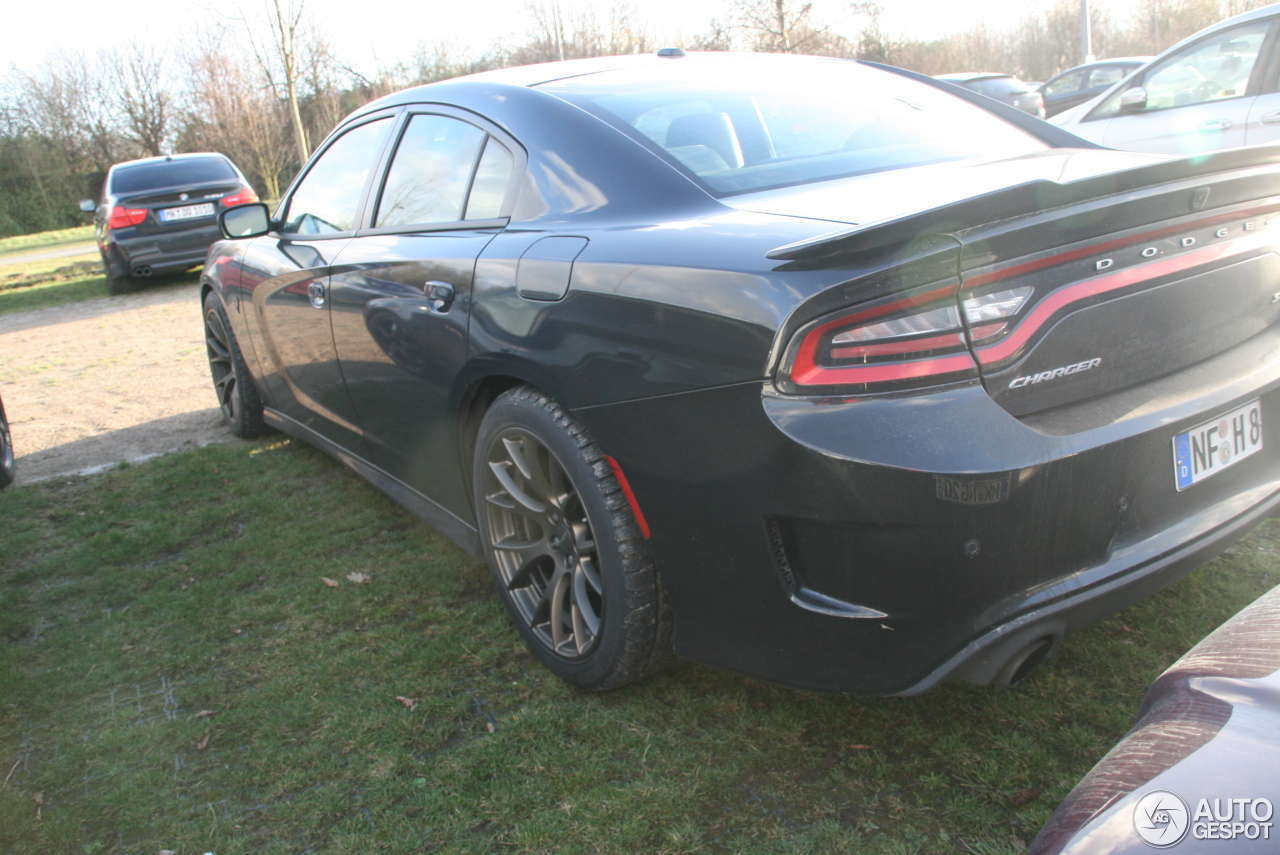 dodge charger srt hellcat 2015 28 november 2015 autogespot. Black Bedroom Furniture Sets. Home Design Ideas