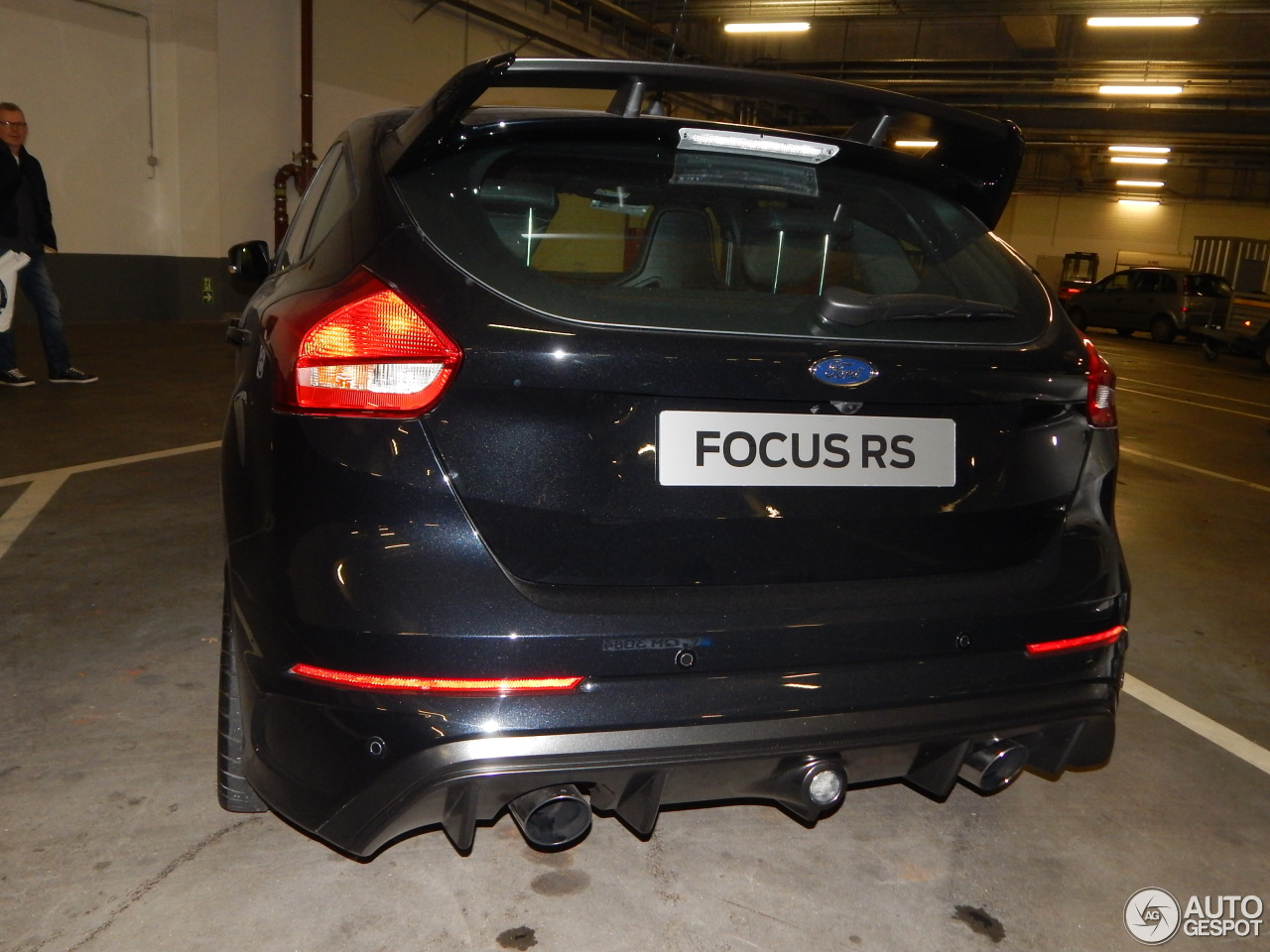 ford focus rs 2015 29 november 2015 autogespot. Black Bedroom Furniture Sets. Home Design Ideas