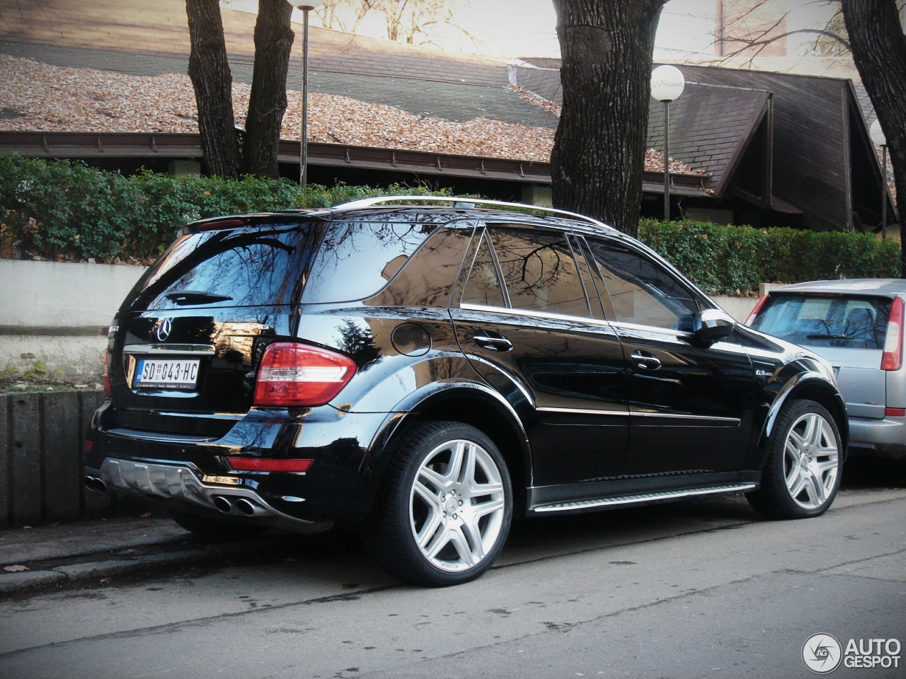 mercedes benz ml 63 amg w164 2009 29 november 2015. Black Bedroom Furniture Sets. Home Design Ideas