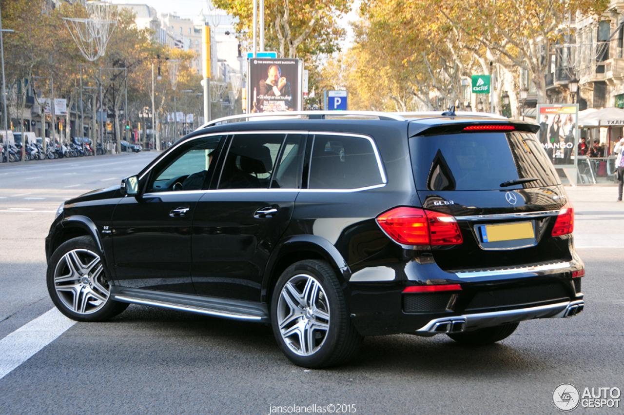 Mercedes benz gl 63 amg x166 4 december 2015 autogespot for Mercedes benz gl amg 2015