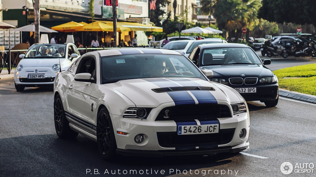 ford mustang shelby gt500 2011 6 december 2015 autogespot. Black Bedroom Furniture Sets. Home Design Ideas