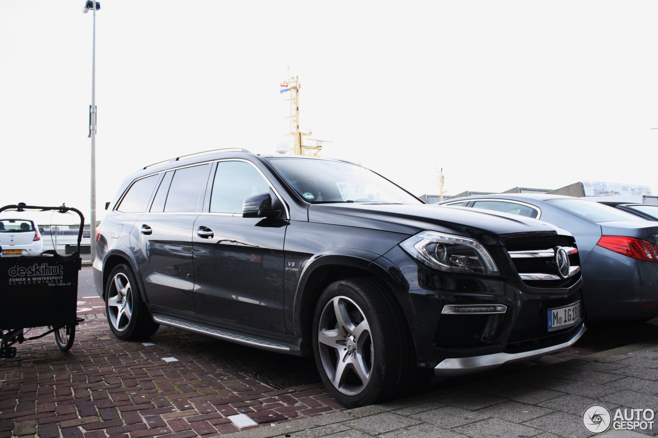 Mercedes benz gl 63 amg x166 6 december 2015 autogespot for Mercedes benz gl amg 2015
