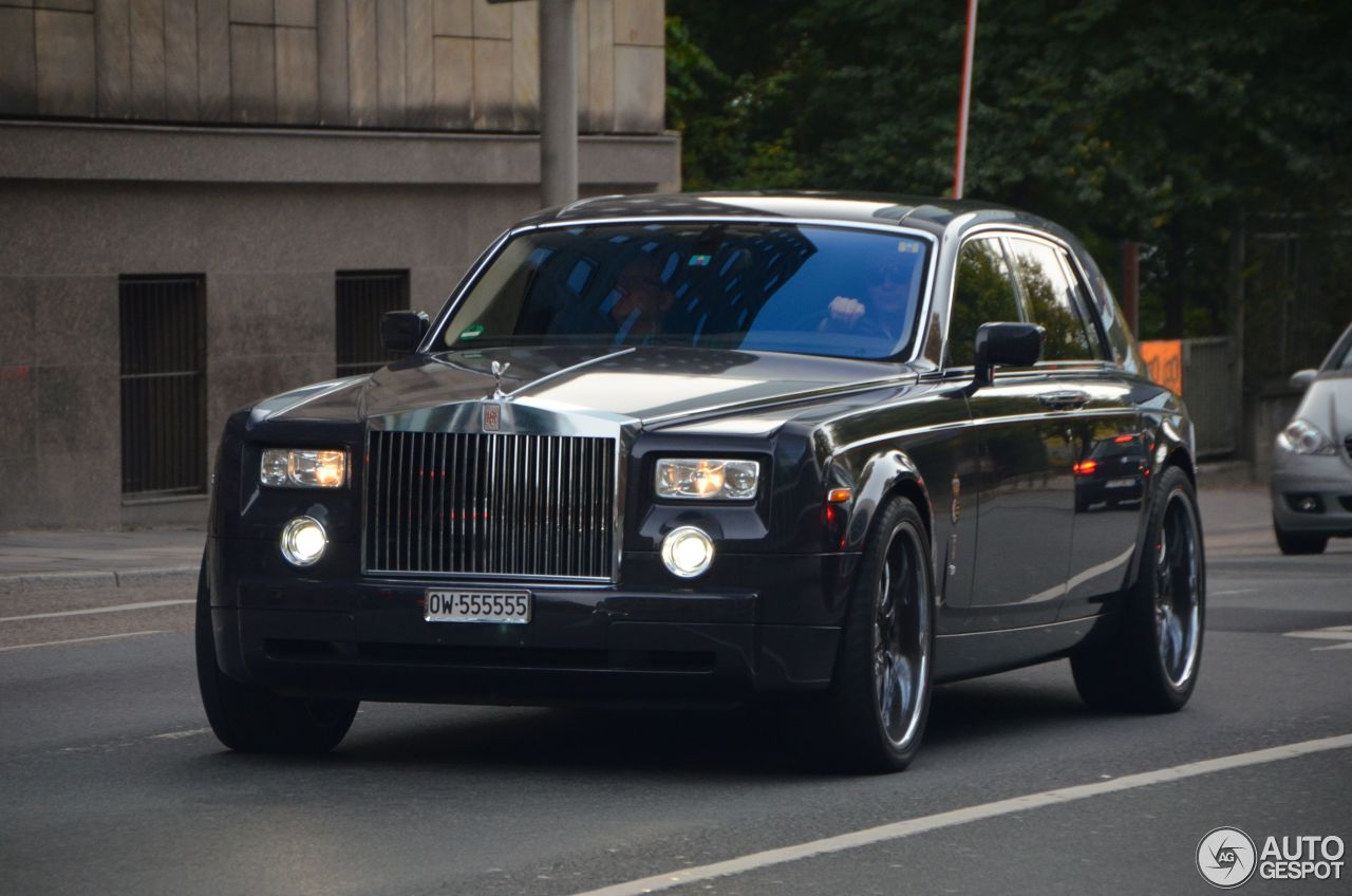 rolls royce phantom centenary 8 december 2015 autogespot. Black Bedroom Furniture Sets. Home Design Ideas