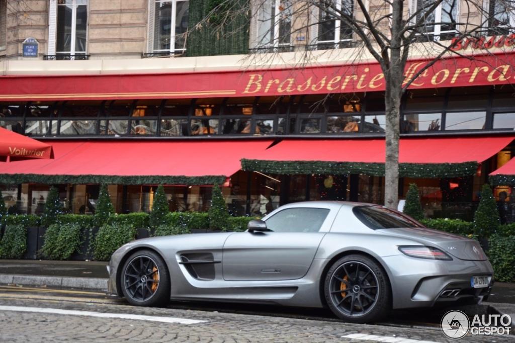Mercedes benz sls amg black series 12 december 2015 for Mercedes benz sls amg red
