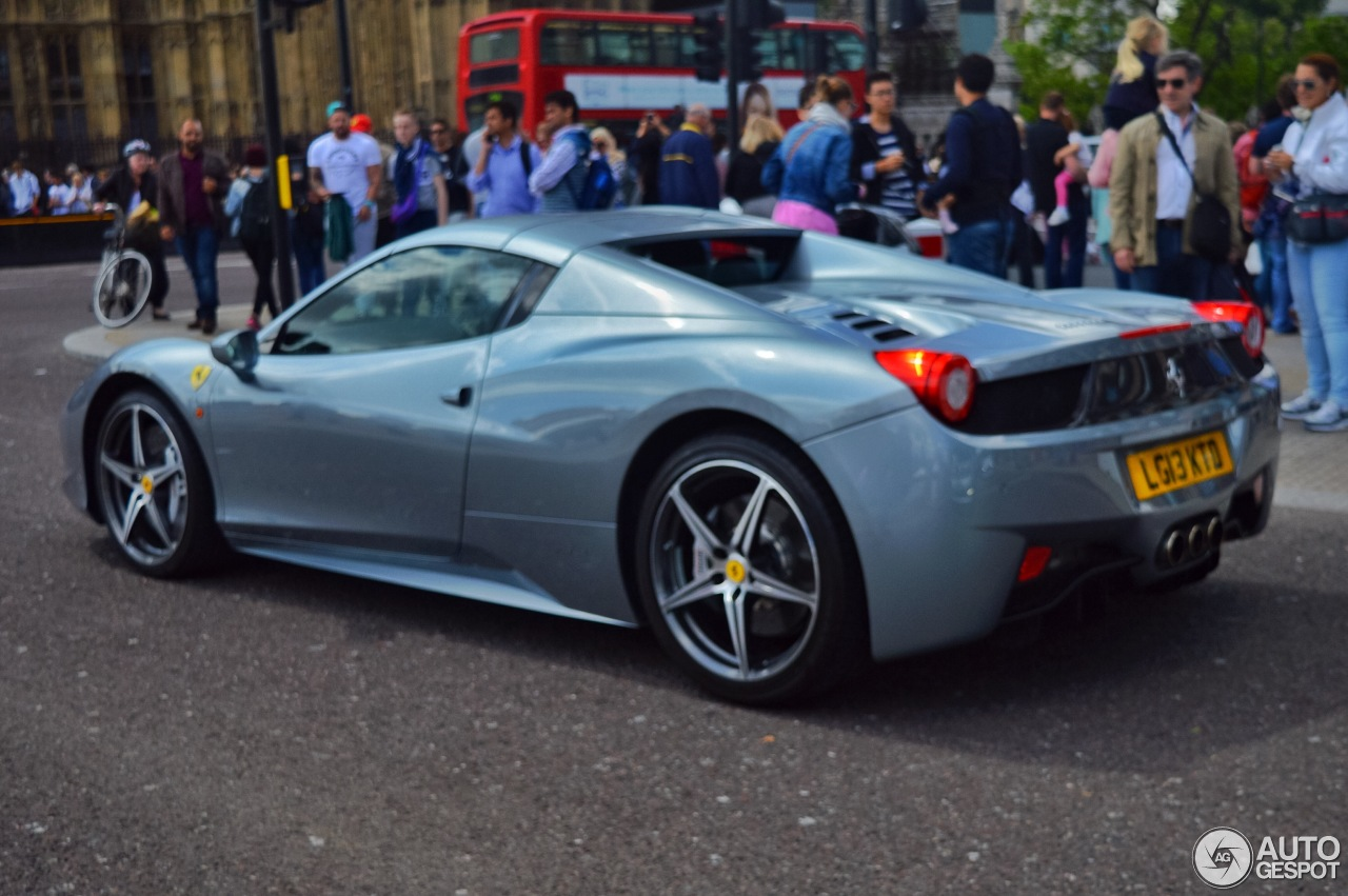 ferrari 458 spider 13 december 2015 autogespot. Black Bedroom Furniture Sets. Home Design Ideas