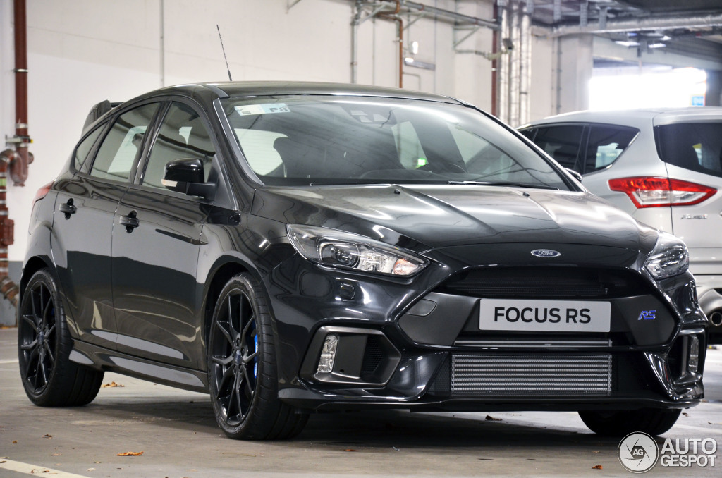 ford focus rs 2015 14 dezember 2015 autogespot. Black Bedroom Furniture Sets. Home Design Ideas