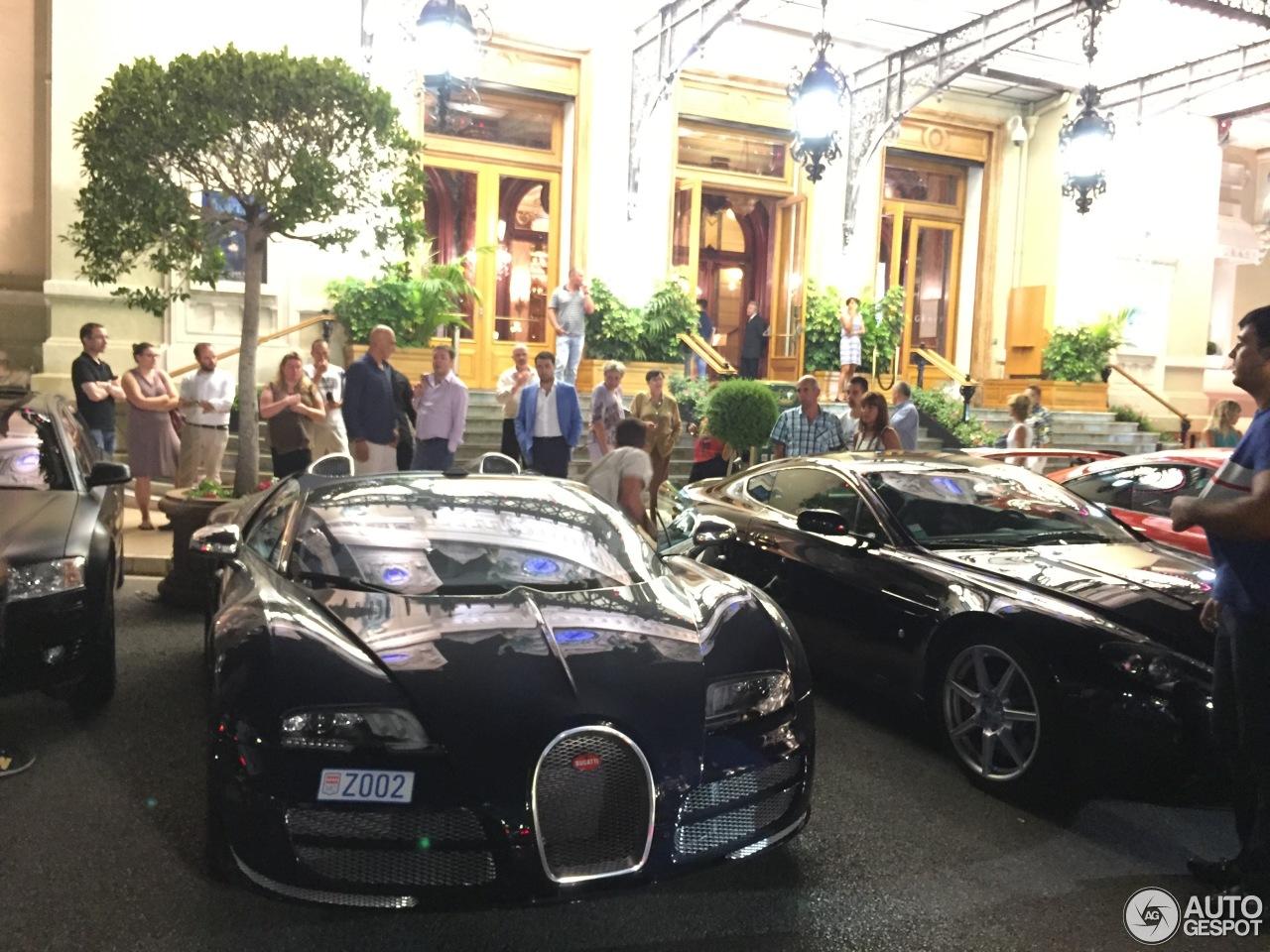 bugatti veyron 16 4 grand sport vitesse 17 december 2015 autogespot. Black Bedroom Furniture Sets. Home Design Ideas