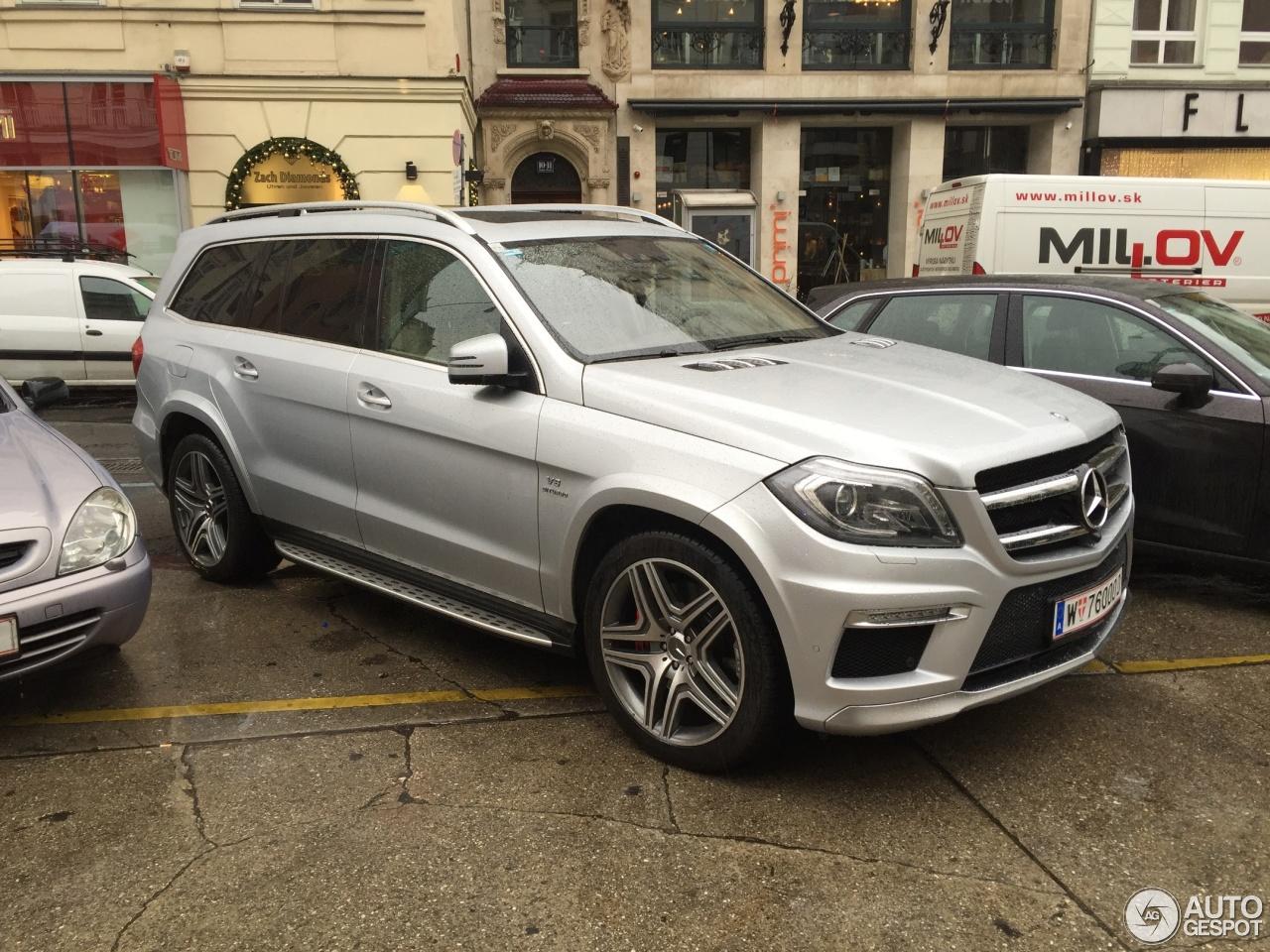 Mercedes benz gl 63 amg x166 18 december 2015 autogespot for Mercedes benz gl amg 2015